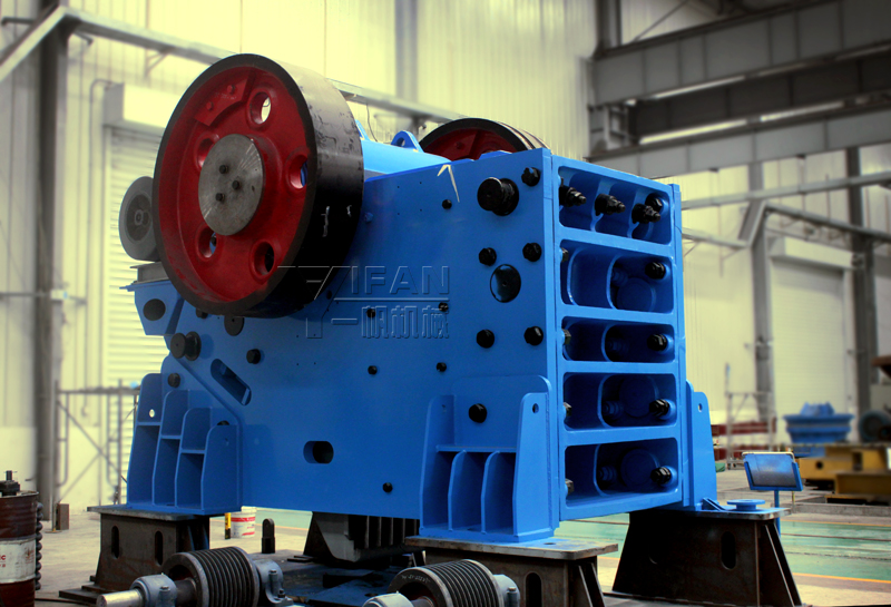 Jaw crusher,large jaw crusher,jaw crusher price,jaw crusher manufacturer,jaw crusher equipment